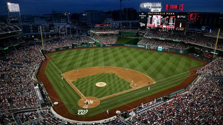 nationals-park-night-101316-getty-ftrjpg_187816z4jalhwzmh8wdulxvn4
